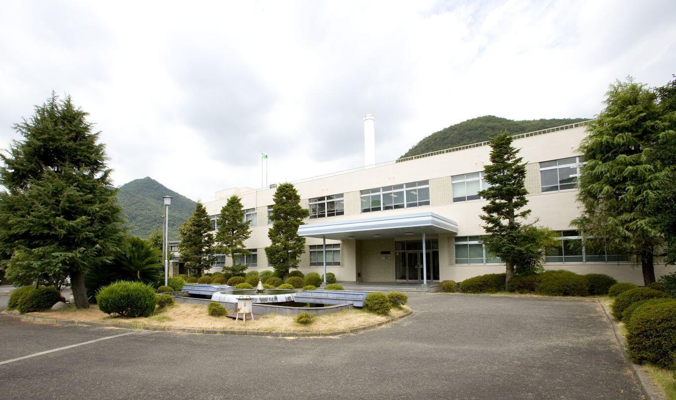 岡山県備前市にある技術研究所。最新鋭の研究開発体制のもと、新しい価値を追求する技術開発が続けられている。